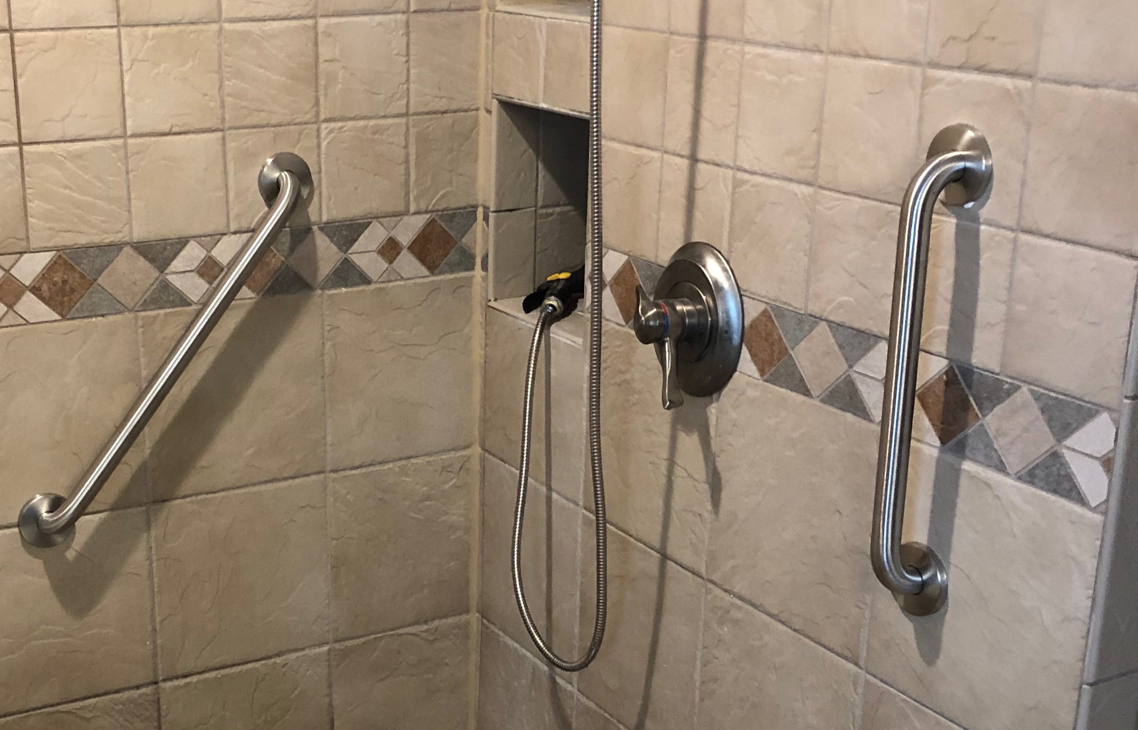 Grab Bar Installation In Minneapolis, How To Install Bathroom Grab Bars